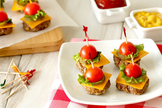 Hungry Girl's Healthy Too-Cute Cheeseburger Bites Recipe