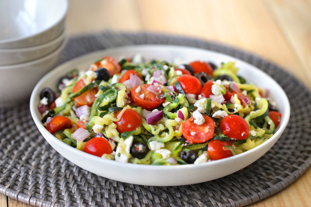 Hungry Girl's Healthy Great Greek Zucchini-Spiral Salad Recipe