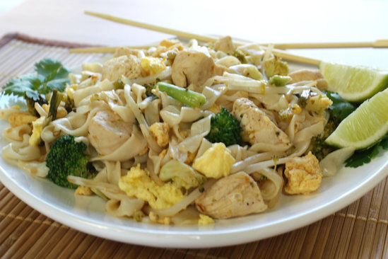 Hungry Girl's Heathy Chicky Pad Thai Recipe