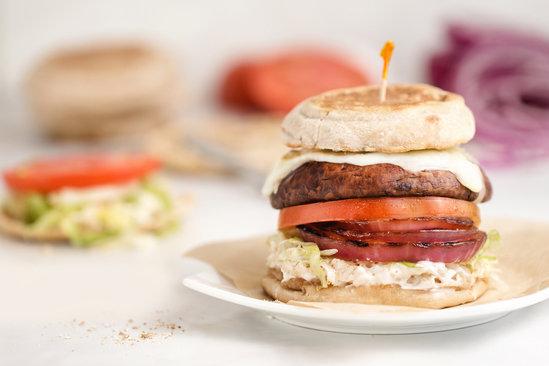 Hungry Girl's Healthy Ring-My-Bella Mushroom Sandwich Recipe