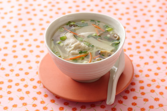 Hungry Girl's Wowowow! Wonton Soup Recipe