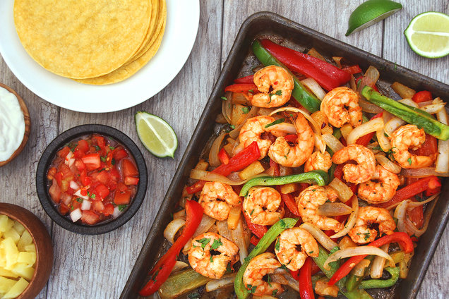 Hungry Girl's Healthy Pineapple Shrimp Fajitas Recipe