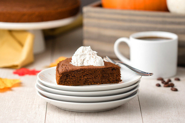 Hungry Girl's Healthy 3-Ingredient Pumpkin Spice Latte Cake Recipe