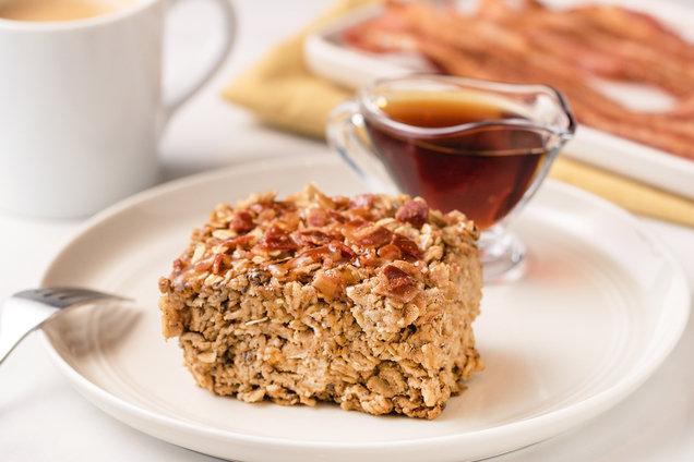 Hungry Girl's Healthy Maple Bacon Oatmeal Bake Recipe