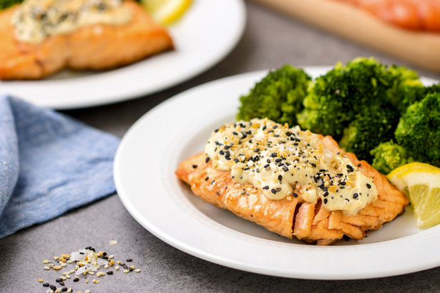 Hungry Girl's Healthy Everything Bagel Salmon Recipe