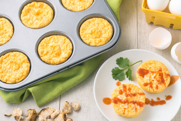 Hungry Girl's Healthy Buffalo Chicken Egg Bakes Recipe
