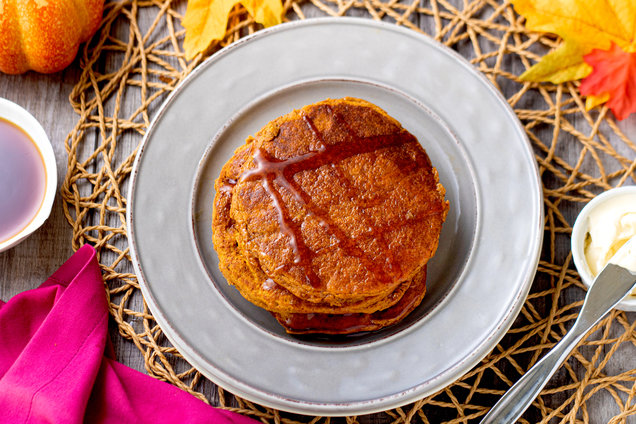 Hungry Girl's Healthy Flourless Pumpkin Pancakes Recipe