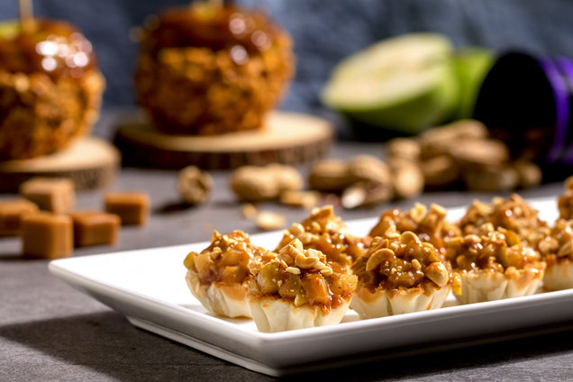 Hungry Girl's Healthy Mini Caramel Apple Pies Recipe