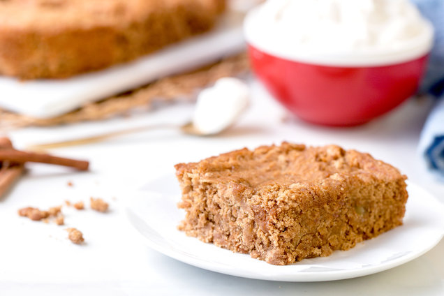 Hungry Girl's Healthy 3-Ingredient Pineapple Spice Cake Recipe