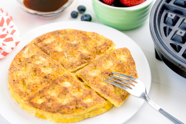 Hungry Girl's Healthy Bacon & Cheese Waffled Omelette Recipe