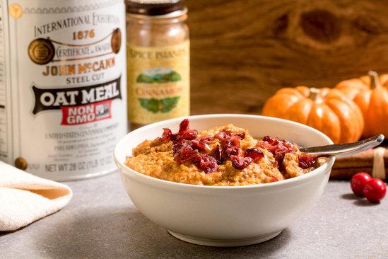 Hungry Girl's Healthy Pumpkin Cranberry Steel Cut Oatmeal Recipe