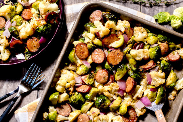Hungry Girl's Healthy Sheet-Pan Chicken Sausage & Garlic Veggies Recipe