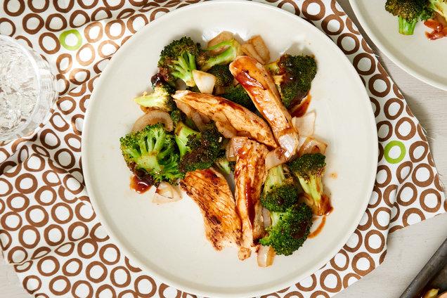 Hungry Girl's Healthy Honey BBQ Chicken & Broccoli Recipe