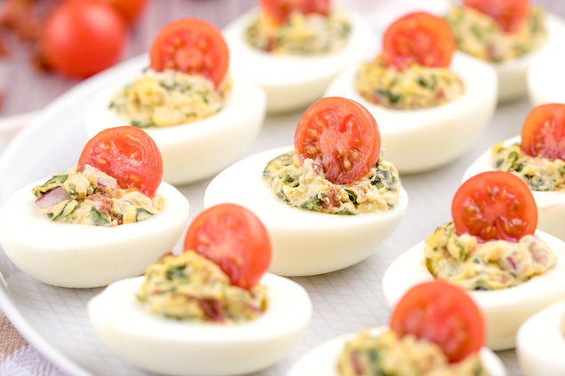 Hungry Girl's Healthy BLT Deviled Eggs Recipe