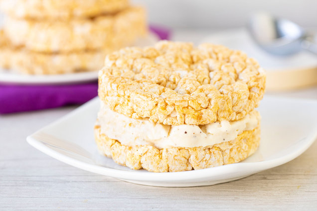 Hungry Girl's Healthy 2-Ingredient Giant Ice Cream Sandwich Recipe