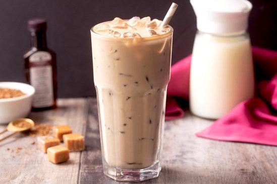 Hungry Girl's Healthy Creamy Caramel Iced Vanilla Latte Recipe