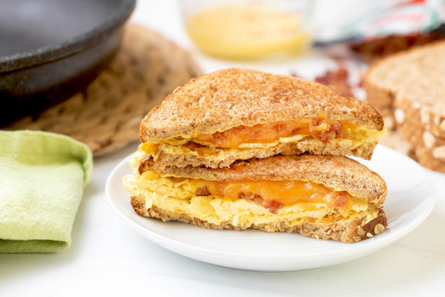 Hungry Girl's Healthy Bacon, Egg & Cheese Skillet Breakfast Sandwich Recipe
