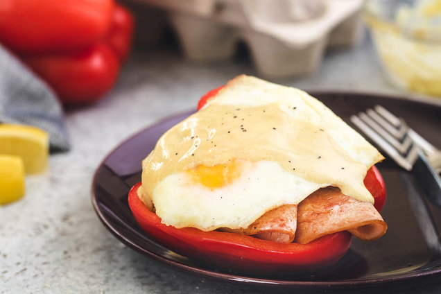 Hungry Girl's Healthy Bell Pepper Benedict Recipe