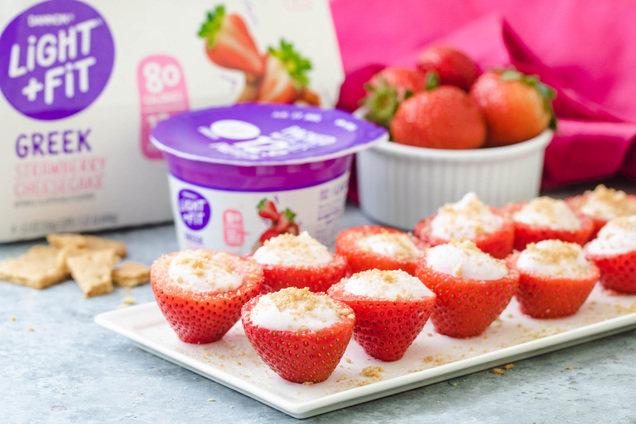 Hungry Girl's Healthy Strawberry Cheesecake Stuffed Strawberries Recipe