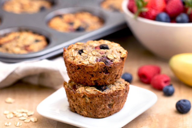 Hungry Girl's Healthy Banana Berry Oatmeal Muffins Recipe