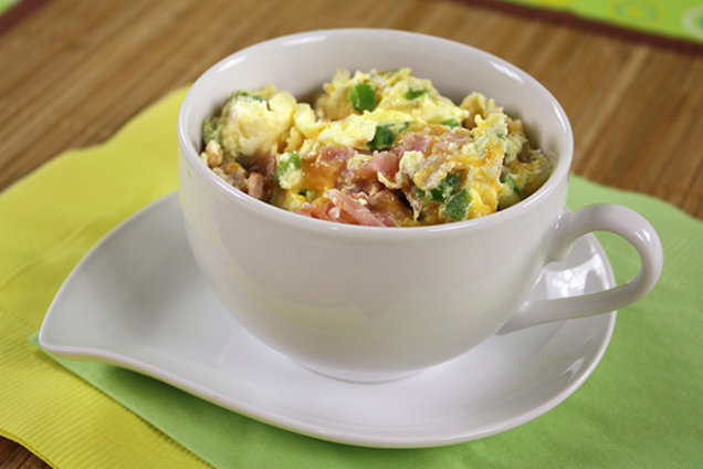 Hungry Girl's Healthy Denver Omelette In A Mug Recipe