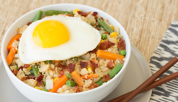Hungry-Girl Video: Cauliflower Fried Rice Breakfast Bowl