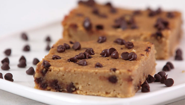 Hungry-Girl Video: Peanut Butter Blondies