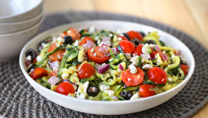 Hungry-Girl Video: Great Greek Zucchini-Spiral Salad (Sponsored by Green Giant)